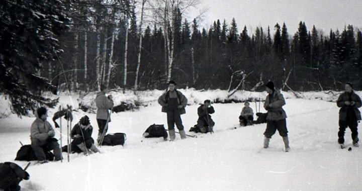 El Paso de Dyatlov Semidesnudos en la nieve: 60 años después, Rusia vuelve a investigar la misteriosa muerte de 9 estudiantes