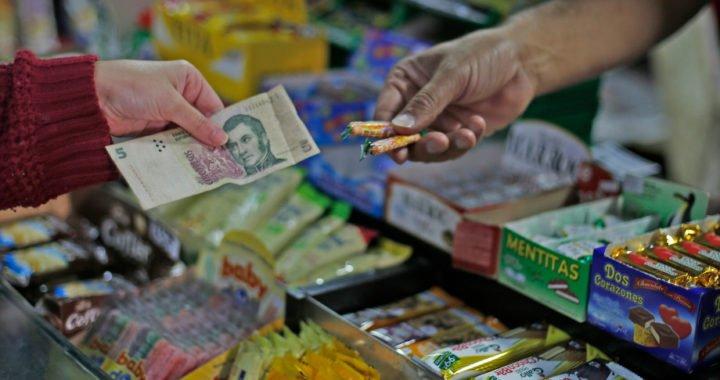 La vigencia del billete de 5 pesos se volvió un problema en Neuquén