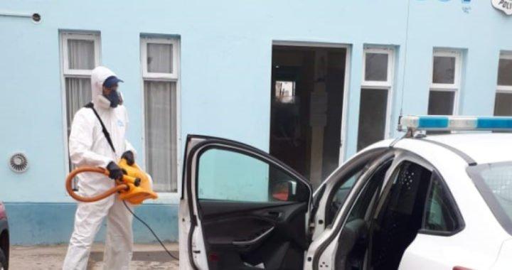 Test de coronavirus para 36 compañeros de la policía que dio positivo, en Roca