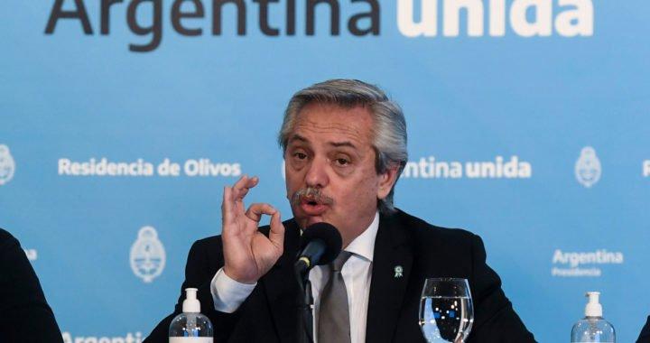 """Alberto Fernández: """"Queda mucho por delante, les pido que no aflojen"""""""