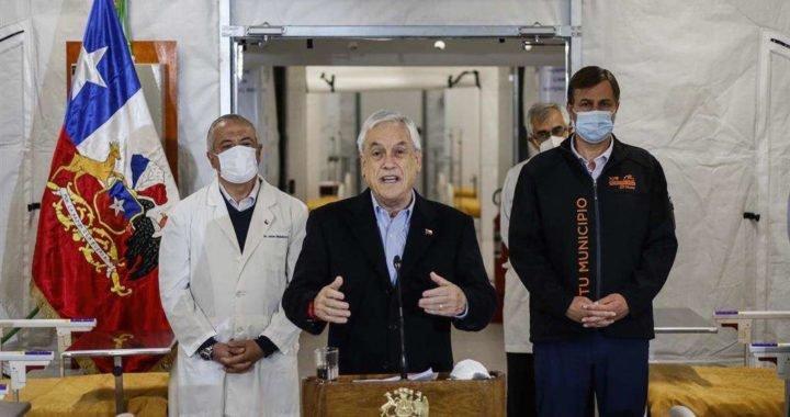 """Piñera reconoce que el sistema sanitario de Chile """"está muy cerca del límite"""""""