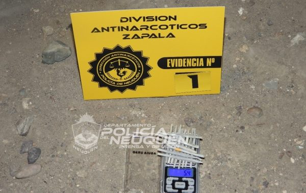 Zapala: secuestran cigarrillos de marihuana durante un procedimiento