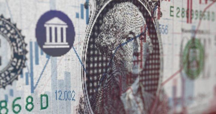 Los bancos vuelven a vender dólares por home banking y aplicaciones móviles