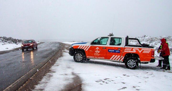 Montan operativos por el pronóstico de lluvia y nieve en la cordillera