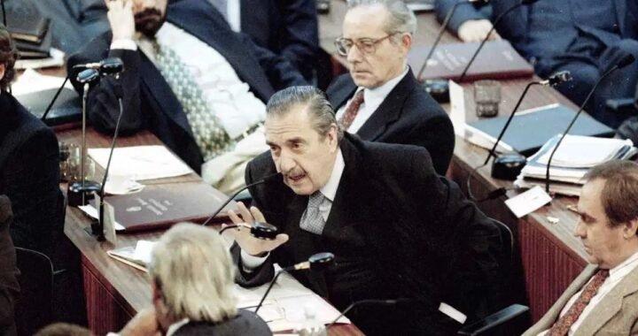 El día en que Raúl Alfonsín impidió que el PJ clausurase el debate sobre el aborto