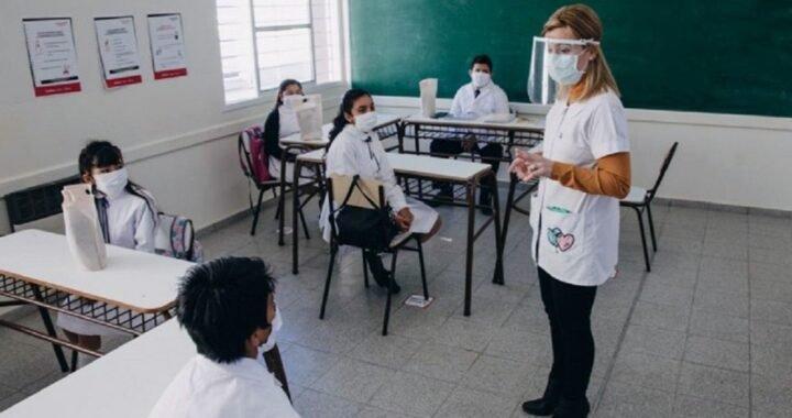 Con sistema bimodal, 16 provincias iniciarán sus clases entre el 1 y el 3 de marzo