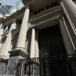 Argentina subasta letras del Tesoro en pesos por equivalente a unos 228,4 mln dlr: Ministerio de Economía